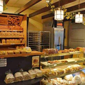 Brood- en banketbakkerij Ab van Pooij V.O.F. image 4
