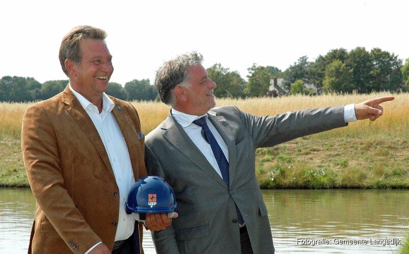 Gemeente Langedijk en USP Vastgoed tekenen grondverkoopovereenkomst