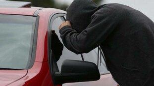 Meerdere auto-inbraken in Langedijk
