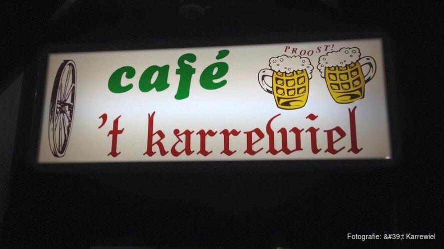 Eerste kroegenquiz van het seizoen bij café 'T Karrewiel