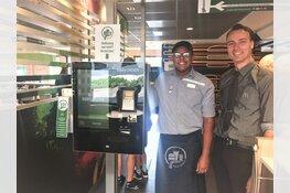 McDonald's restaurant Heerhugowaard start met persoonlijke bediening aan  tafel