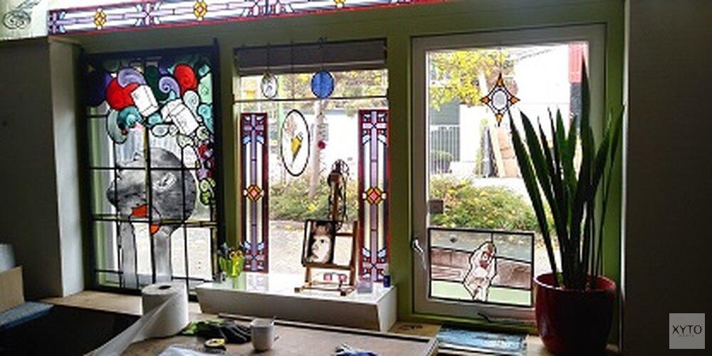 Glaskunst- en houtbewerking expositie en demonstratie