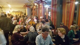 Uitverkochte bingoavond in De Geist groots spektakel met geweldige opbrengst