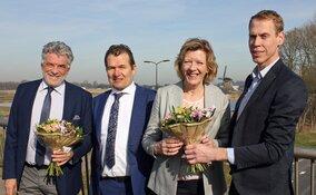 Langedijk en Heerhugowaard ondertekenen samenwerking ontwikkeling stationsgebied
