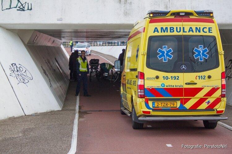 Vrouw gewond na val met fiets