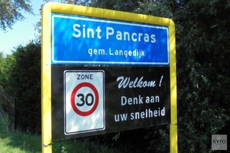 Leerlingen herdenken omgekomen verzetsstrijders tijdens Zwarte Zondag in Sint Pancras