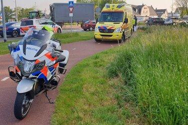 Scooterrijder licht gewond bij aanrijding Randweg
