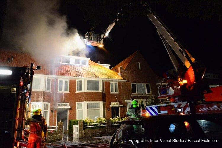 Brand in Alkmaarse woning onder controle: schade is groot