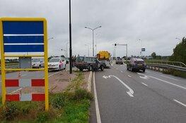 Auto tegen paal in Heerhugowaard