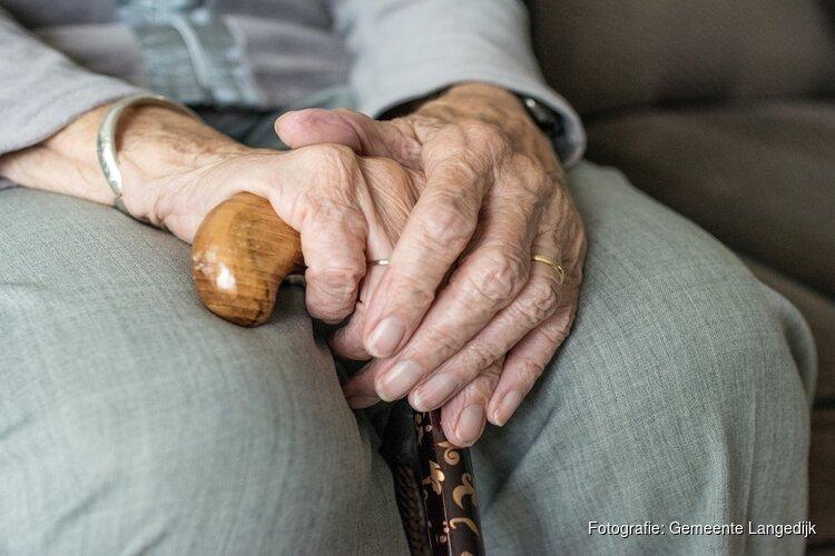Braderie voor ouderen in De Binding