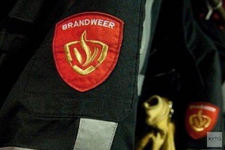 Bestuurder belandt met auto in de sloot in Oudkarspel: 'Brandweer haalde man eruit'