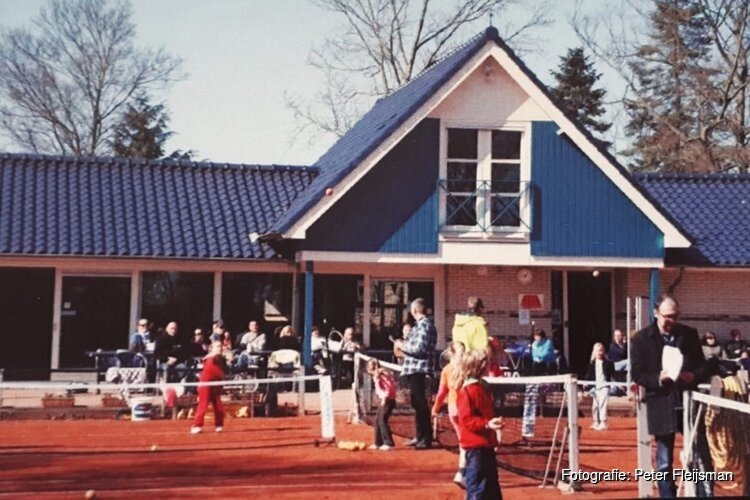 Tennisclub Sint Pancras opent de deuren