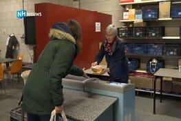 """Giften stromen binnen voor voedselbank Broek op Langedijk: """"Telefoon staat roodgloeiend"""""""