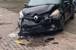 Botsing in Oudkarspel: auto total loss