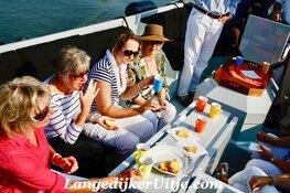 Trouwen of je verjaardag vieren? Luxe & comfortabel varen met LangedijkerUitje